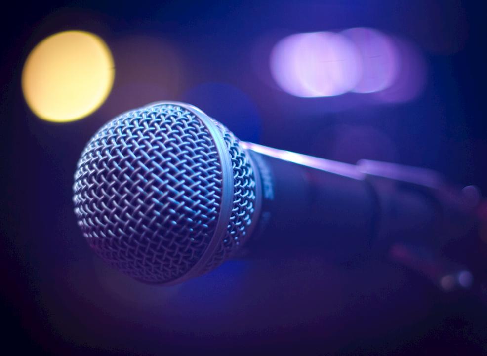 comedy mic2
