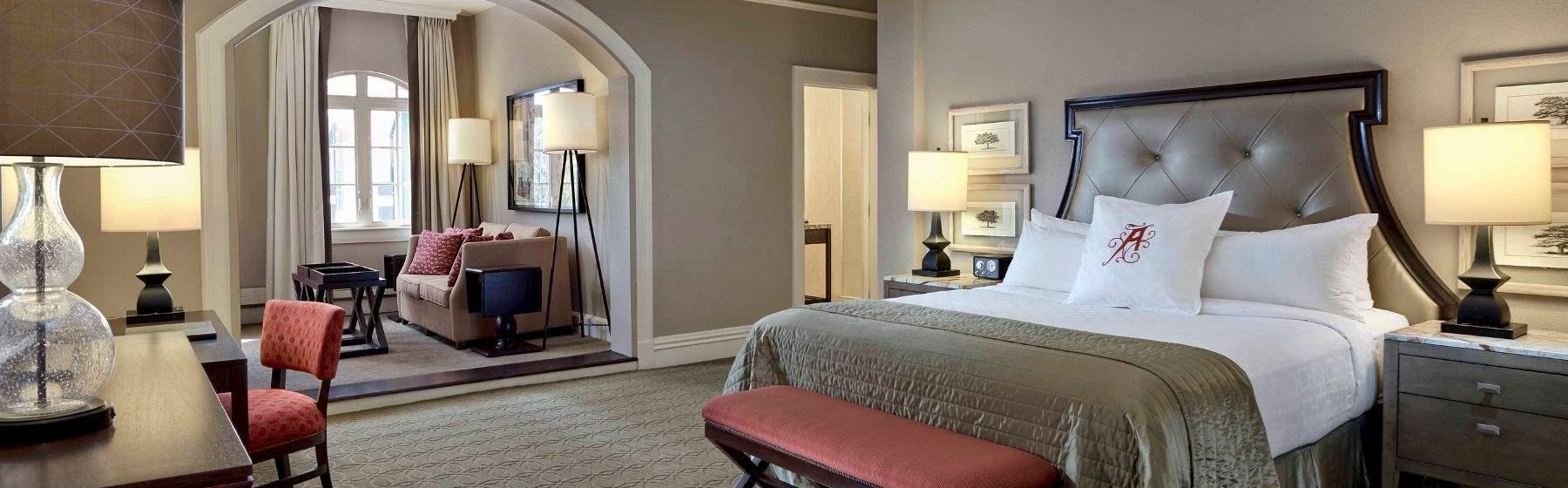 Algonquin Bed & Brunch